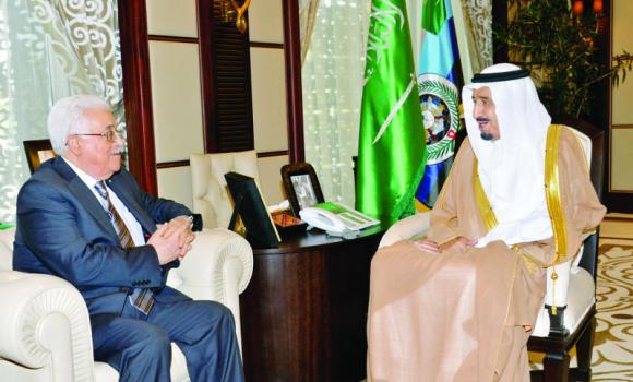 Deputy Custodian of the Two Holy Mosques Prince Salman holds talks with Palestine President Mahmoud Abbas in Jeddah on Wednesday. (SPA)