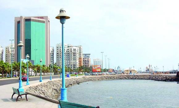 The growth rate of real estate and tourism projects in Jeddah Corniche does not exceed 5 percent.