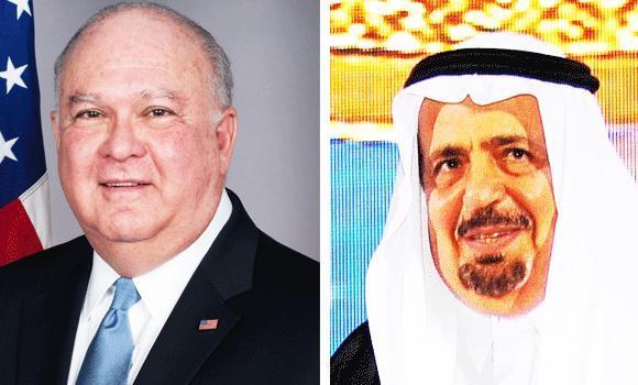 US ambassador Joseph W. Westphal (L) and Higher Education Minister Khaled Al-Anqari.