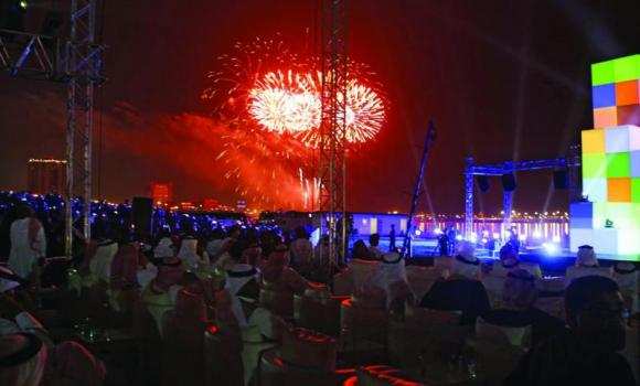 Fireworks at the Corniche signal the opening of the 24-day Jeddah summer festival on Thursday. (SPA)