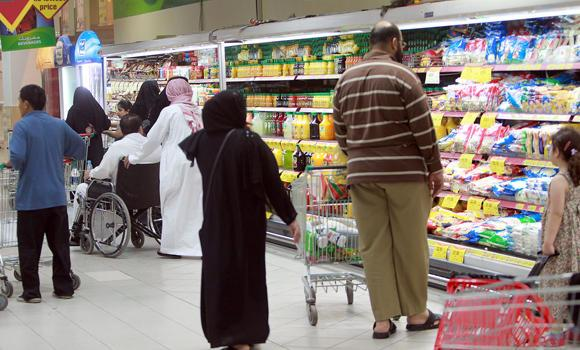 Amid the increasing mad rush to supermarkets in preparation for the Ramadan season, customers are complaining that the prices of commodities are soaring.