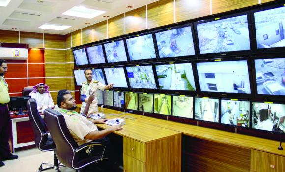 A newly inaugurated CCTV control room at the Al-Noor Specialist Hospital in Makkah to improve emergency services.