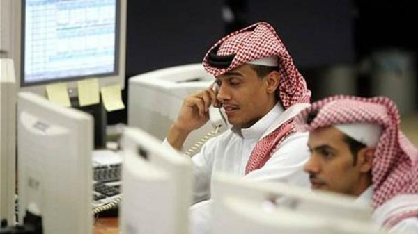 Some of the employees in Saudi Arabia have been working for seven years on the same monthly salary of $800.