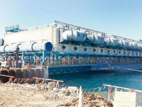 The new desalination plant that arrived in Yanbu last week.