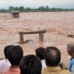 More deaths, homes lost in India and Pakistan as floods persist