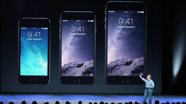 Apple Senior Vice President of Worldwide Marketing Phil Schiller announcees the new iPhone 6 during an Apple special event at the Flint Center for the Performing Arts on September 9, 2014 in Cupertino, California.