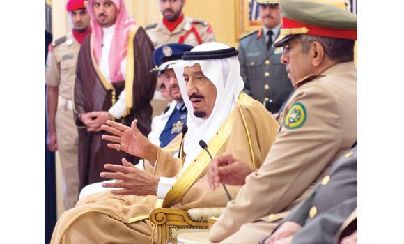 Crown Prince Salman, deputy premier and minister of defense, gestures during talks with Saudi Armed Forces chief Lt. Gen. Abdul Rahman bin Saleh Al-Bunyan, Deputy Chief Lt. Gen. Fayyad bin Hamid Ruwaili, and other military commanders in Riyadh on Wednesday. (SPA)