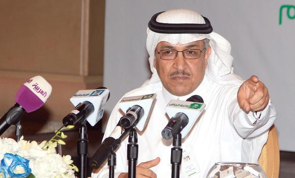 Naif Al-Roomi, governor of the Public Education Evaluation Commission, at the press conference.