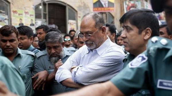 Influential Bangladesh ex-minister Abdul Latif Siddique called the hajj a 'waste manpower' and 'surrendered to police' early Tuesday afternoon.