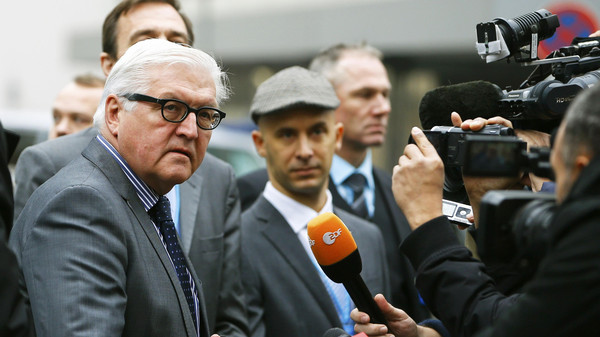 German Foreign Minister Frank-Walter Steinmeier speaks to journalists before a meeting in Vienna November 22, 2014.