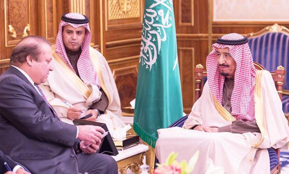 Custodian of the Two Holy Mosques King Salman and Pakistani Prime Minister Nawaz Sharif
