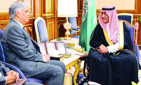 Outgoing Indian Ambassador Hamid Ali Rao calls on Crown Prince Muqrin in Riyadh on Monday. (SPA)