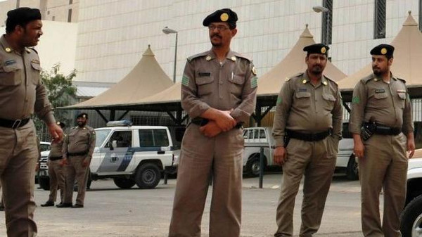 Four people were arrested in Saudi Arabia after security forces raided an Islamist cell in Al-Qatif region that led to the killing of a policeman.