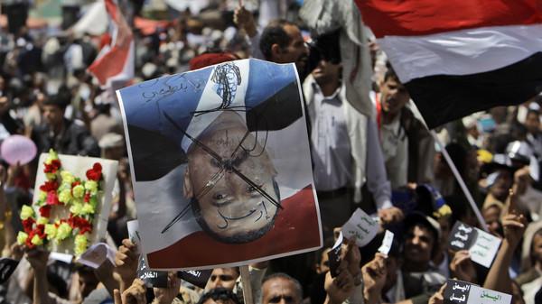 Saudi-led forces conducted air strikes at dawn on Sunday in the Yemeni capital Sanaa targeting deposed President Ali Abdullah Saleh's house.