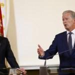 Austrian coalition pledges face veil ban, curbs on foreign workers