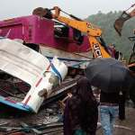 21 pilgrims die, 35 hurt in india bus crash