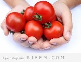 قناع الطماطم ومسحوق الحليب لمشاكل البشرة الدهنية