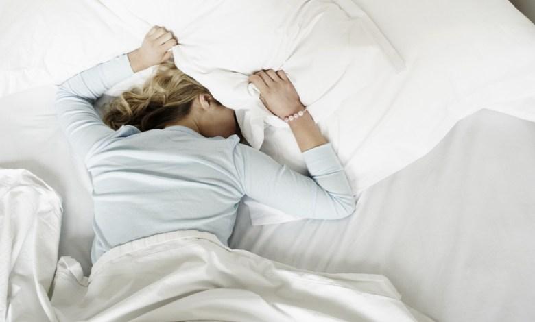 Photo of اكتشفي فوائد النوم السحرية لجمالك