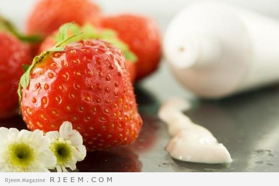 ماسكات الفراولة للبشرة - اهمية الفراولة الجمالية