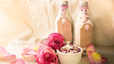 Photo of فوائد جمالية لزيت الورد
