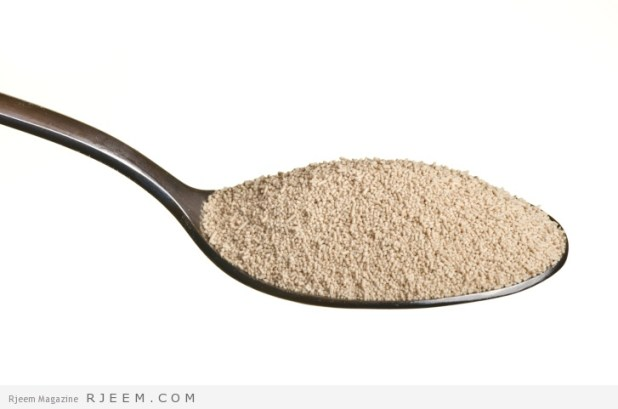 Yeast in a spoon