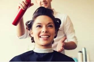 Photo of هل يسبب بخاخ الشعر عيوباً خلقية لجنينك؟