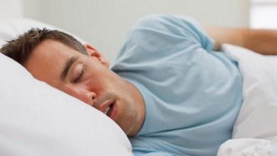 Photo of الأمر يحدث حتى مع المكفوفين.. لماذا تتحرك أعيننا أثناء النوم؟