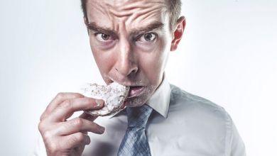 Photo of ماذا يحدث لجسمك إثر تناول كميات زائدة من الدهون و السعرات الحرارية ؟