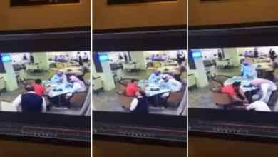 Photo of بالفيديو: عامل بمطعم في الدمام يسقط مغشياً عليه أثناء تأدية عمله