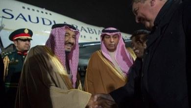 Photo of محللان سياسيان: زيارة الملك بداية لخطوات كبيرة