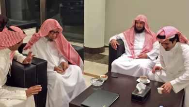 """Photo of نجل الشيخ """"الشثري"""" يطمئن محبيه: أبشركم والدي بخير"""