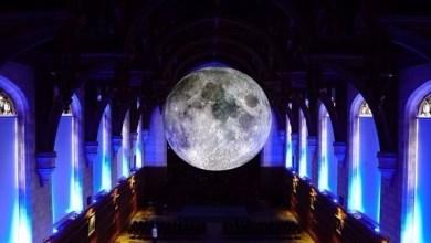 """Photo of دبي: فنان بريطاني يجلب """"متحف القمر"""" لأول مرة في المنطقة 30 نوفمبر"""
