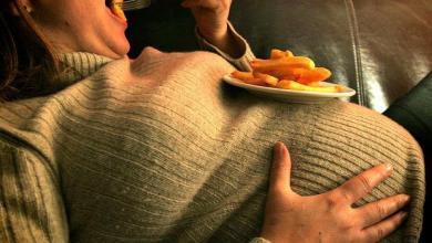 Photo of أغذية ضارة بصحة الحامل