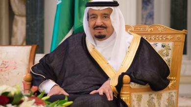 Photo of خادم الحرمين يتلقى برقيات عزاء من القيادة الكويتية