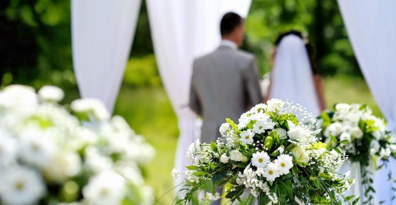 تفسير حلم زواج الزوج بامراه اخرى وبكاء الزوجة في المنام لابن سيرين