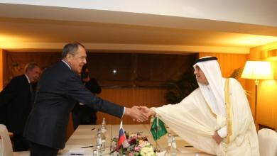 Photo of وزير الخارجية يبحث مع نظيره الروسي العلاقات الثنائية بين البلدين