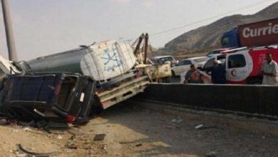 Photo of إصابة 3 من عائلة واحدة إثر حادث مروع بطريق مكة ـ جدة السريع