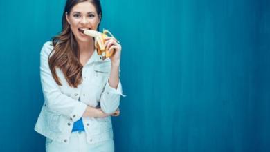 Photo of بمناسبة اليوم العالمي للسعادة: 10 أطعمة تمنحك السعادة وتطرد عنك الكأبة