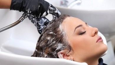 Photo of الغسل المتكرر يؤذي شعرك