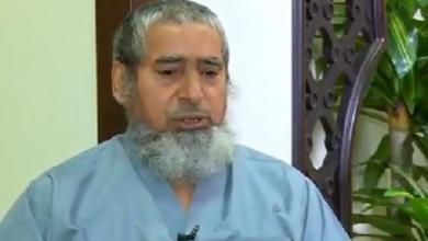 Photo of بالفيديو.. لاعب سعودي يروى قصة تحوله إلى مغسّل أموات