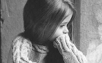 Photo of صور اطفال حزينة للانستقرام 2019 – رمزيات حزينة للانستقرام