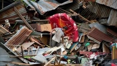 Photo of أندونيسيا: ارتفاع حصيلة قتلى تسونامي إلى 420 شخصاً