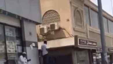 """Photo of """"مجلس الغرف"""" يفند ادعاءات """"فيديو إغلاق المحلات بسبب التوطين"""".. ويؤكد: الشباب السعودي في الأسواق"""