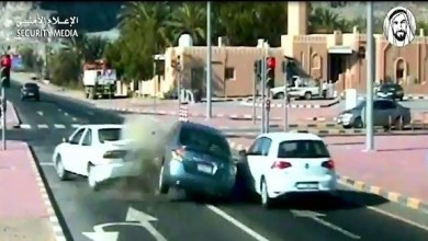 Photo of بالفيديو| 5 وفيات و358 إصابة ناجمة عن تجاوز الإشارة الحمراء في الإمارات