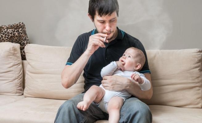 Photo of تدخين الأب يقلل خصوبة الأبناء الذكور