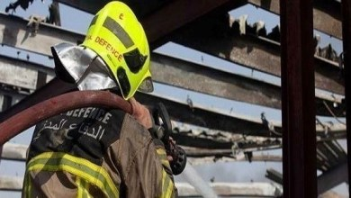 "Photo of ""مدني دبي"" يسيطر على حريق في شارع الكورنيش دون إصابات"