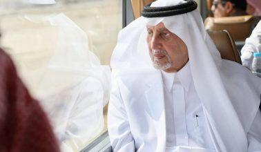 Photo of بالصور.. الأمير خالد الفيصل يقف على الأحياء المتضررة من الأمطار في الليث