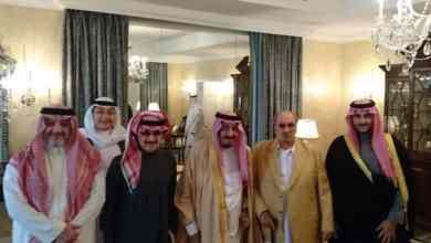 Photo of صور تحكي اهتمام الملك سلمان بأخيه الأمير طلال بن عبدالعزيز