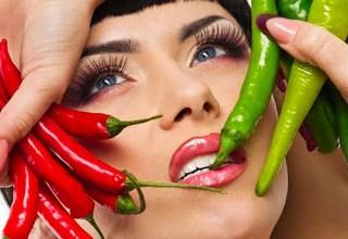 Photo of هل تحب النساء الرجل الذي يحب الأكل الحار ؟