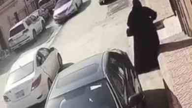Photo of شرطة منطقة الرياض تقبض على امرأتين تطرقان أبواب المنازل